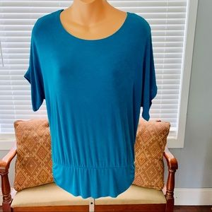 TRAVELERS by Chico's teal blue top! Like NEW!!